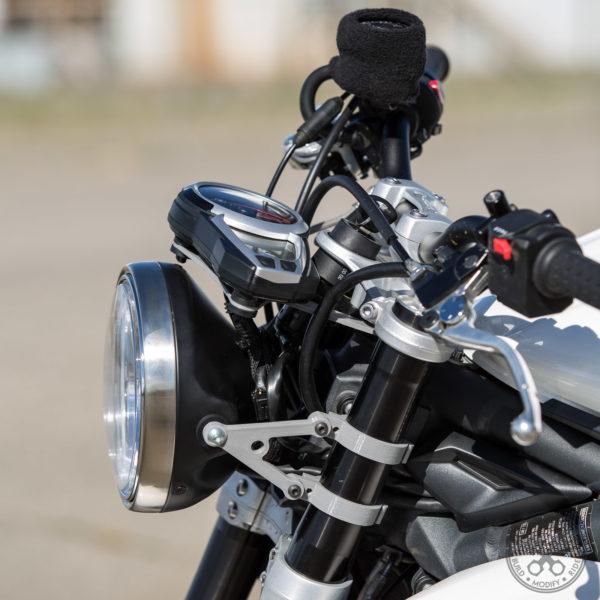 Motodemic Triumph Street Triple Single Headlight Conversion