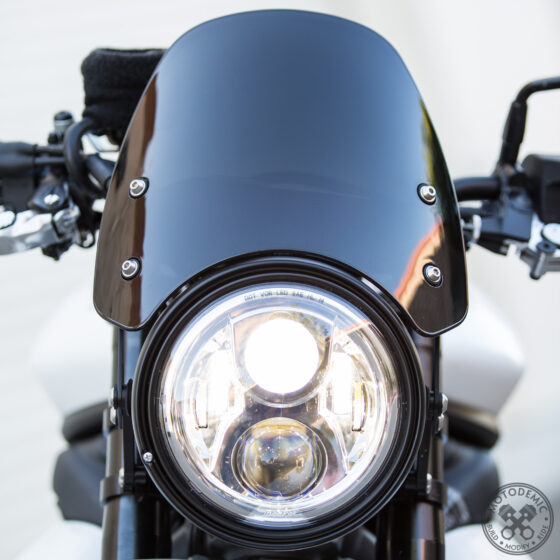 Single Headlight Street Triple with Flyscreen