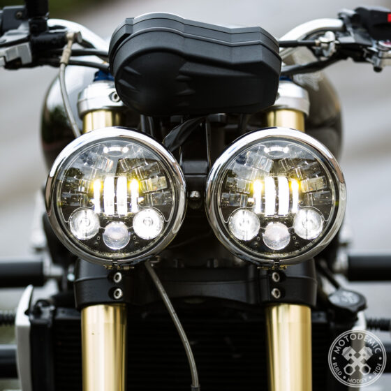 Dual Round Headlight LED Upgrade