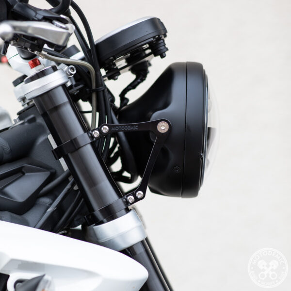 Street Triple Single Headlight Conversion 675 V2