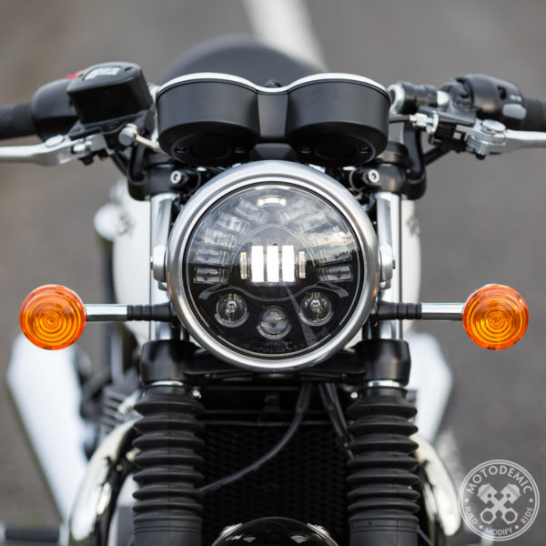Adaptive LED Headlight Thruxton 1200