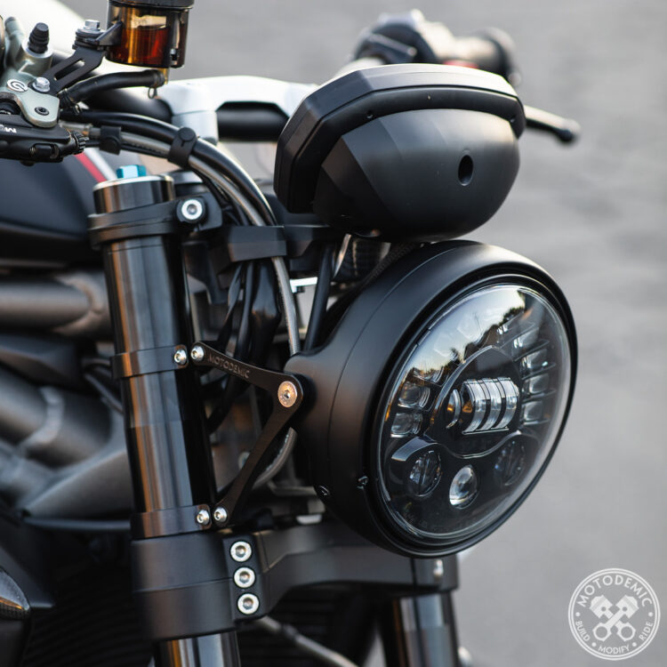 Speed Triple RS Single Headlight Conversion